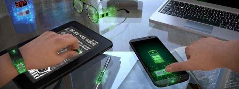 Batterie ricaricabili di tipo adesivo